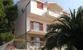 Villa no name Makarska